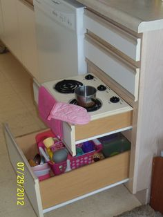 DIY Childrens Kitchen stove top that sits on a kitchen drawer
