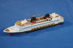 Disney Cruise Line Dream Resin Christmas Ornament Ship Figurine AquaDuck #DisneyCruiseLineExclusive