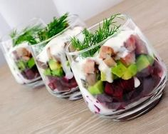 Stock image of 'Beetroot salad with avocado and herring in cream sauce in a glass' A Food, Food And Drink, Salad Recipes, Healthy Recipes, Elegant Appetizers, Food Challenge, Avocado Salad, Beetroot Salad, Finger Foods
