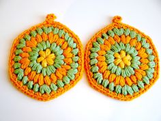 Vintage Set of Crocheted Orange & Green Thick Hotpads by TimelessTreasuresbyM on Etsy
