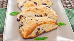 blueberry chocolate chip scones-1