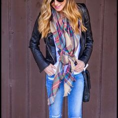 ⭐️ONLY 1 LEFT⭐️ LARGE PLAID BLANKET SCARF!!! This large red plaid blanket scarf is one of the most sought out scarves this season.With so many ways to style I can see why!!! Are you missing this staple from your closet?!!!! Accessories Scarves & Wraps