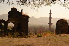 daulatabad , fort india