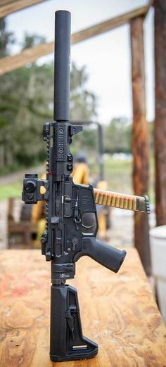 Build Your Sick Cool Custom Assault Rifle Firearm With This Web Interactive Firearm Builder with ALL the Industry Parts - See it yourself before you buy any parts Tactical Rifles, Firearms, Shotguns, Weapons Guns, Guns And Ammo, Ar Pistol Build, Battle Rifle, Submachine Gun, Fire Powers