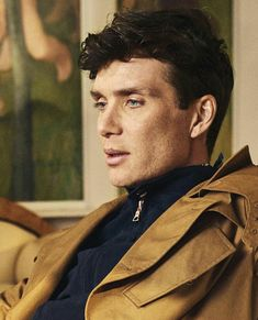 Image may contain: 1 person, closeup Pretty People, Beautiful People, Peaky Blinders Tommy Shelby, Cillian Murphy Peaky Blinders, Movies And Series, Boardwalk Empire, Best Actor, Man Crush, Celebrity Crush