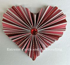 Pleated paper heart valentine. Free cutting files SVG and Silhouette Studio, or hand cut from PDF. How to draft any pleated shape!