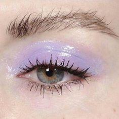 glossy lilac eye make up, messy brows Makeup Goals, Makeup Inspo, Makeup Inspiration, Beauty Makeup, Makeup Ideas, Eyebrow Makeup, Makeup Style, Makeup Tips, Eyeshadow Makeup
