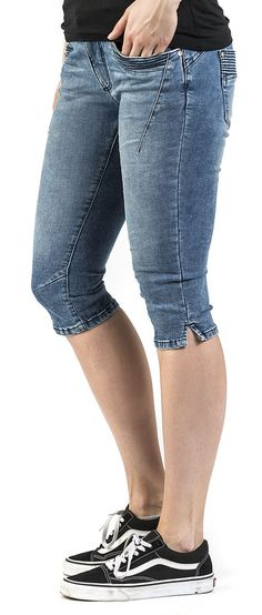 Ladies Capri Denim - Sublevel - Shortsit. Capri, Denim Shorts, Lady, Men, Fashion, Moda, Fashion Styles, Guys, Fashion Illustrations