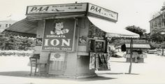 vintage photo of a kiosk [περίπτερο] in Syntagma Square, Athens Greece History, Greece Pictures, Greece Photography, Greek Culture, Thessaloniki, Yesterday And Today, Athens Greece, Vintage Pictures, Vintage Ads