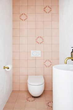 Home Interior Bathroom Three Birds Renovations House 10 Powder Room. Architecture Renovation, Home Renovation, Bathroom Renovations, Bathroom Makeovers, Bathroom Styling, Bathroom Interior Design, Three Birds Renovations, Pink Tiles, Pink Bathroom Tiles