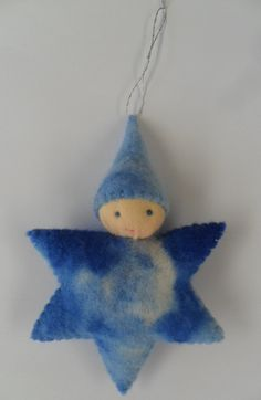 christmas tree decoration - waldorf inspired wool felt star baby ornament or doll / pocket toy.