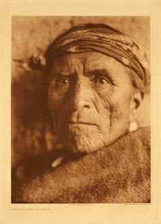Lutakawi, Zuni Governor, photographed before 1925 by Edward S. Curtis