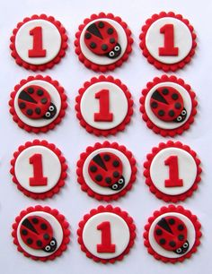 Fondant Cupcake Toppers Ladybugs by TopItCupcakes on Etsy Fondant Cupcake Toppers, Cupcake Frosting, Cupcake Cookies, Snowman Cupcakes, Fruit Cupcakes, Giant Cupcakes, Lady Bug, Ladybug Cakes, Ladybug Party