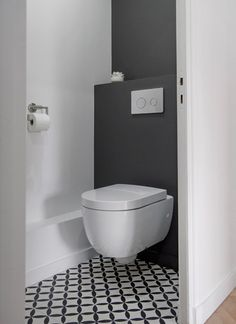 Black and white bathroom bathroom designs pinterest for Deco wc noir