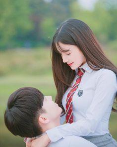 Photoshoot imagine em 2019 ulzzang couple, couples e korean Romantic Couples, Wedding Couples, Cute Couples, Wedding Photos, Kpop Couples, Anime Couples, Ulzzang Couple, Ulzzang Girl, Korean Couple Photoshoot