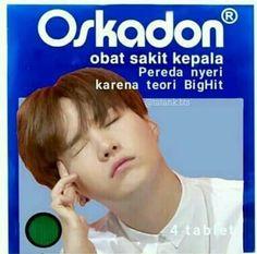 Funny Kpop Memes, Exo Memes, Stupid Funny Memes, Text Jokes, Bts Meme Faces, Cartoon Jokes, Dark Memes, Bts Love Yourself, Bts And Exo