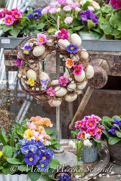 Blomsterverkstad: Glad påsk!