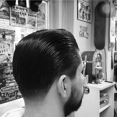 Finding The Best Short Haircuts For Men Mens Modern Hairstyles, Slick Hairstyles, Classic Hairstyles, Fashion Hairstyles, Tapered Haircut, Fade Haircut, Best Short Haircuts, Haircuts For Men, Short Hair Cuts