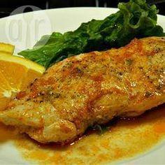 Poitrines de poulet à l'orange, cuites au four - Recettes Allrecipes Québec