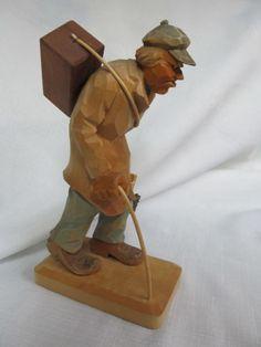 d465abcad2dd Vintage-Folk-Art-Carved-Brush-Saleman-7-3-4-034-Tall