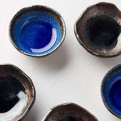 Cobalt Blue or Black Mingei? Japanese Nature, Sushi Plate, Sake Bottle, Dark Ink, Dark Blue Color, Ceramic Bowls, Cobalt Blue, Tea Cups, Tableware