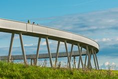 Horizon-path_outside_1 « Landscape Architecture Works | Landezine