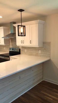 Kitchen Room Design, Kitchen Cabinet Design, Kitchen Redo, Modern Kitchen Design, Home Decor Kitchen, Interior Design Kitchen, Home Kitchens, Kitchen Ideas, Redoing Kitchen Cabinets