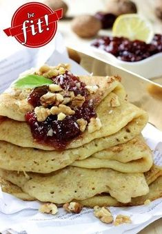 SAINT Pancakes (made from millet) - dietary, gluten-free - BE FIT! Dessert Cake Recipes, Snack Recipes, Cooking Recipes, Vegan Lunch Box, Vegan Recepies, Sin Gluten, Food Porn, Gluten Free Pancakes, Healthy Baking