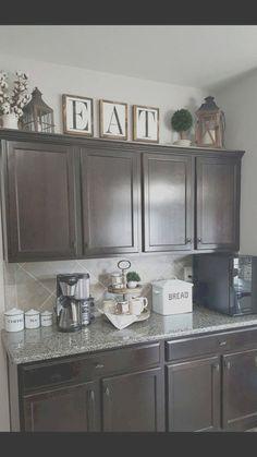 Kitchen Cupboard Redo, Farmhouse Kitchen Decor, Kitchen Cupboards, Diy Kitchen, Space Kitchen, Farmhouse Style, Kitchen Floor, Kitchen Walls, Kitchen Storage