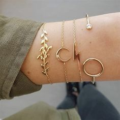 bracelet set is a stylish addition for any occasion. Comes with a gold tone,including 4 piecesdifferent bracelets,this bracelet set is a perfect gift for your friends and yourself. Trendy Jewelry, Beach Jewelry, Simple Jewelry, Bohemian Jewelry, Cute Jewelry, Jewelry Accessories, Jewelry Necklaces, Jewelry Design, Women Jewelry