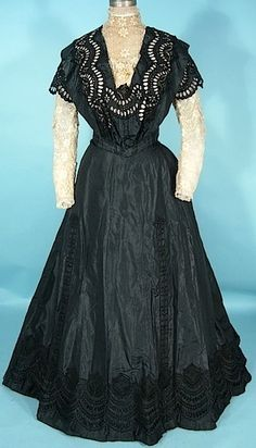 c. 1906/1907 A. H. METZNER, New York Black Silk Taffeta Cutwork 2-piece Trained Gown with Ecru Lace