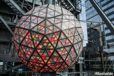 Watch the New Year's Eve Ball Drop Live From Times Square