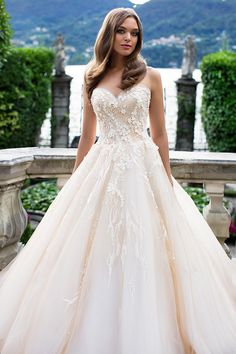 Milla Nova Bridal Wedding Dresses 2017  / http://www.himisspuff.com/milla-nova-bridal-2017-wedding-dresses/33/