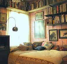 boho bedroom - dream room for my book-loving self :)