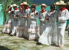 Honduras dancing .