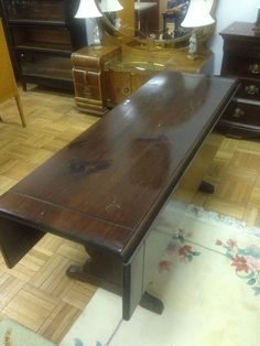 Ethan Allen Dark Antiqued Pine Old Tavern Drop Leaf Harvest Dining Table