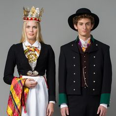 Brudepar i bunad fra Vest-Agder Folk Costume, Costumes, Kristiansand, Bridal Crown, Traditional Dresses, Norway, Sweden, Vest, Marie