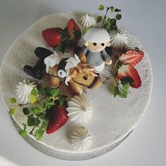 Poniratsastus aiheinen kakku mansikkakerma täytteellä. . . #poniratsastus #poni #täytekakku #kermakakku #mansikkakakku #tilauskakku #hankasalmi Berries, Baking, Instagram, Bakken, Bury, Backen, Sweets, Blackberry, Pastries