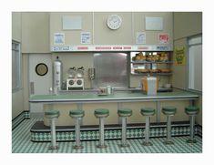 Google Image Result for http://www.craftsmanshipmuseum.com/images/MPS15-DinerDetails2.jpg