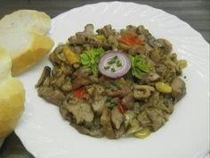 Gomba egyszerűen, majorannásan Grains, Beef, Food, Red Peppers, Meat, Essen, Meals, Seeds, Yemek