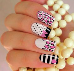 Fabulous Nails, Gorgeous Nails, Cute Nails, Pretty Nails, Tiger Nails, Heart Nail Designs, Animal Nail Art, Basic Nails, Diva Nails