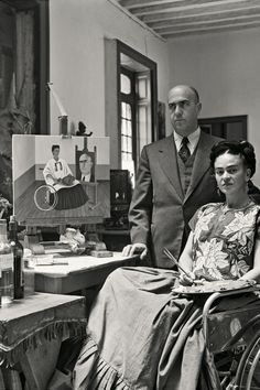Kahlo at home with Dr. Juan Farill, 1951. Photo 3