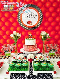 Pra você festas especiais First Birthday Cookies, Frozen Birthday Party, Birthday Party Favors, Birthday Decorations, Ladybug Picnic, Ladybug Party, Pig Party, Birthday Table, Baby Birthday