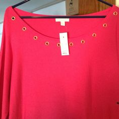 Pink NWT Sweater NWT. New York & Co.  Bright pink with gold accents around front neckline. I love it. Just got it but it's too big for me. New York & Company Sweaters Crew & Scoop Necks