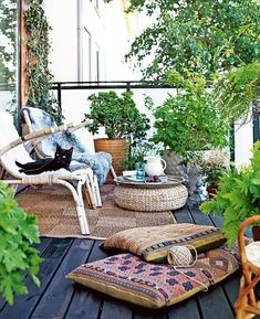 Small Balcony Design, Small Balcony Garden, Outdoor Balcony, Outdoor Rooms, Outdoor Decor, Balcony Ideas, Patio Ideas, Small Terrace, Balcony Gardening