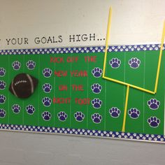 """The post """"Back to school football bulletin board"""" appeared first on Pink Unicorn Bulletin boards Football Bulletin Boards, Counseling Bulletin Boards, Teacher Bulletin Boards, Back To School Bulletin Boards, School Counseling, Teacher Doors, Team Theme, A Team, Sport Theme"""