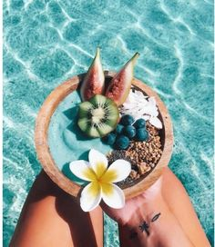 Oahu - Beaches, Hikes & Excursions in the Heart of Hawaii - summertime - Vegan Beach Aesthetic, Summer Aesthetic, Aesthetic Food, Summer Vibes, Summer Feeling, Kreative Desserts, Healthy Snacks, Healthy Recipes, Breakfast Healthy