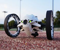 Parrot Jumping Sumo Robot With Camera | CoolShitiBuy.com