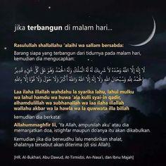 amalan terbangun di malam hari Pray Quotes, Allah Quotes, Muslim Quotes, Religious Quotes, Islamic Quotes, Life Quotes, Doa Islam, Allah Islam, Islam Muslim