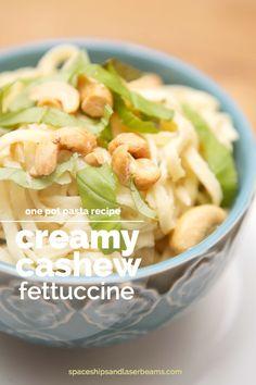 Easy One Pot Pasta Recipe: Creamy Cashew Fettuccine #MeatlessMondayNight #Ad
